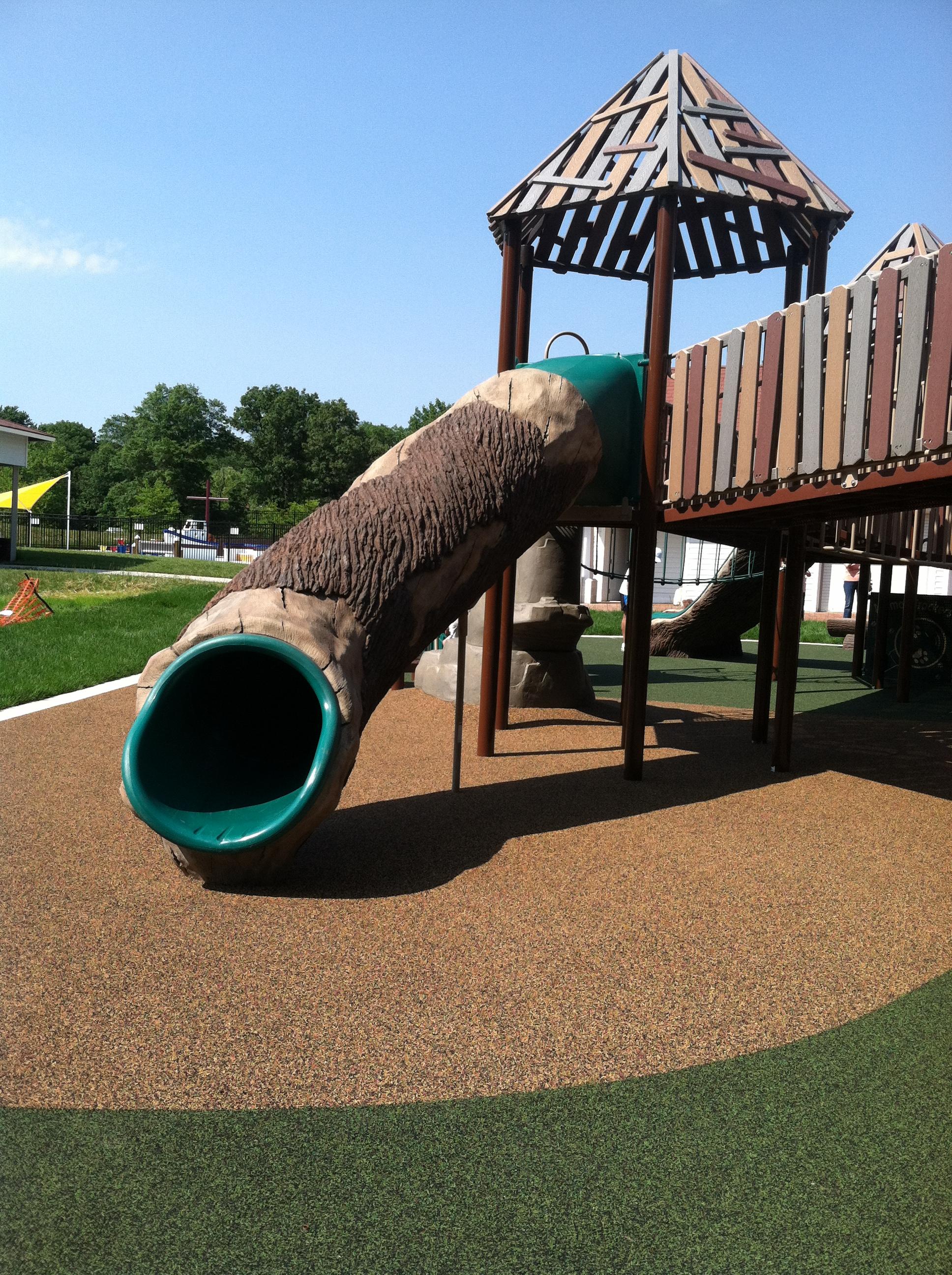 Huge Backyard Slide : log tube slide at Chessies Big Back Yard >> The Joy Troupe NOVA
